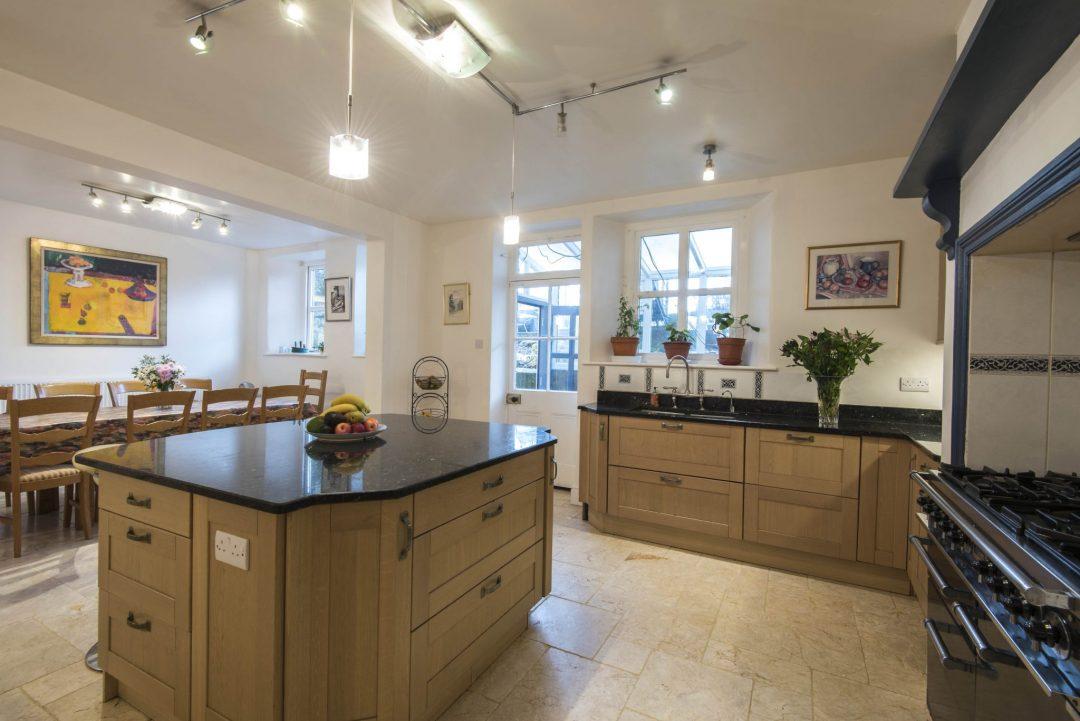 Victorian home, Bath