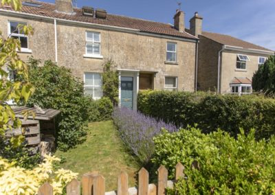 Charming Terraced House – near Bath